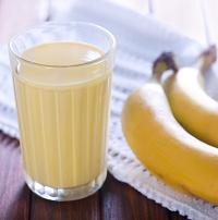 make banana milkshake
